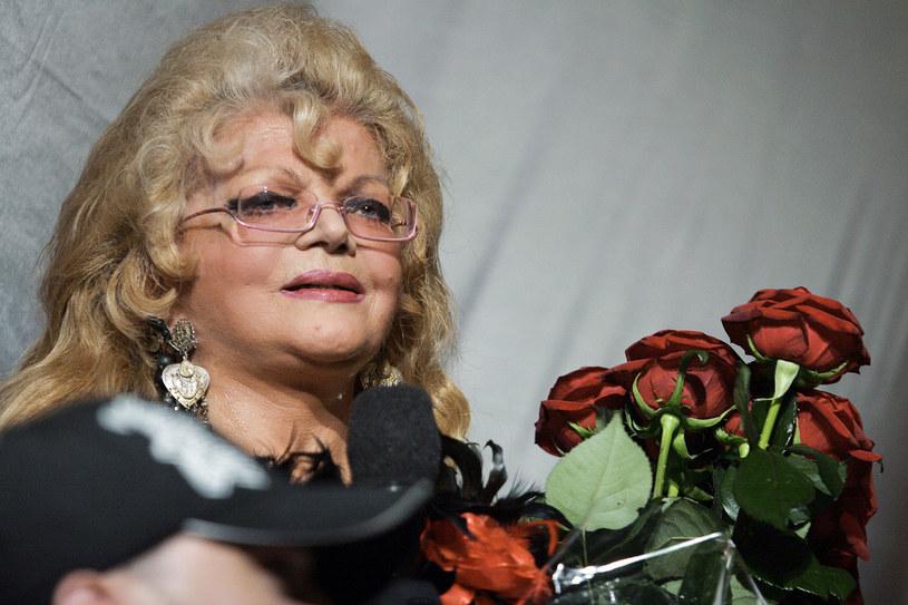 Grupa fanów i bliskich przyjaciół Violetty Villas złożyła specjalny wieniec na grobie piosenkarki w 83. rocznicę jej urodzin.