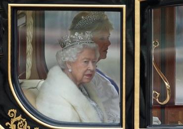 Elżbieta II rezygnuje z naturalnych futer