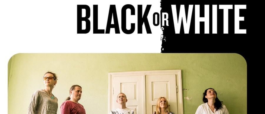 """Charytatywny koncert w Centrum Kongresowym ICE Kraków i spotkanie naukowe dla lekarzy – tak będzie wyglądała tegoroczna edycja festiwalu """"Black or White"""", który odbywa się w ramach obchodzonego 10 listopada Światowego Dnia Świadomości Nowotworów Neuroendokrynnych."""