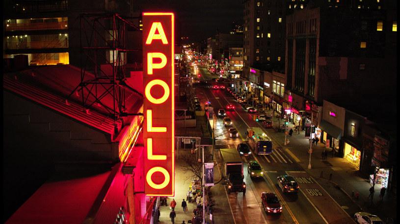 """""""Teatr Apollo"""" to dokument HBO opowiadający fascynującą historię kultowego Apollo Theatre na Manhattanie. Film zawiera archiwalne nagrania występów oraz szereg rozmów z takimi artystami jak Angela Bassett, Patti LaBelle, Paul McCartney, Jamie Foxx czy Common. Film od 7 listopada dostępny jest już w HBO GO."""