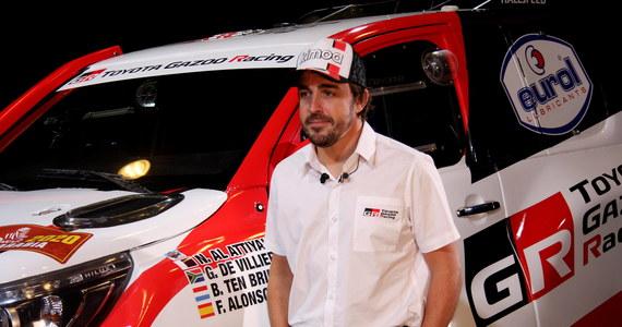 Dwukrotny mistrz świata Formuły 1 Hiszpan Fernando Alonso zajął trzecie miejsce w rajdzie terenowym Al Ula-Neom Rally, rundzie Saudi Toyota Desert Rally Championship - Rally Qassim. Hiszpan wraz z pilotem Marcem Comą przygotowują się do startu w Rajdzie Dakar 2020.