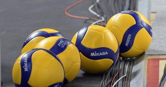 Siatkarze Aluronu Virtu CMC Zawiercie doznali pierwszej porażki w sezonie, przegrywając na wyjeździe z mistrzami Polski, Grupą Azoty ZAKSA Kędzierzyn-Koźle 1:3. Oba zespoły do soboty jeszcze nie przegrały.