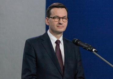 Morawiecki: Kwestionowanie przez Macrona NATO jest niebezpieczne