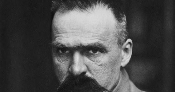 Dokładnie 101 lat temu - 11 listopada 1918 roku - Rada Regencyjna przekazała Józefowi Piłsudskiemu władzę wojskową i naczelne dowództwo podległych jej wojsk polskich. Tego samego dnia Niemcy podpisały zawieszenie broni kończące I wojnę światową. Po ponad 120 latach Polska odzyskiwała niepodległość.