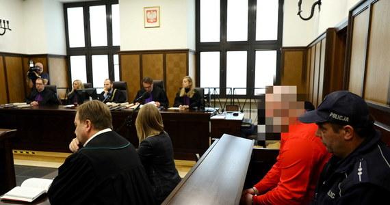 Biegli psychiatrzy: Oskarżony o podwójny mord, Artur K. nie jest chory