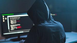 Włamanie na konta pracowników EA na Twitterze w związku z ukaraniem profesjonalnego gracza FIFY