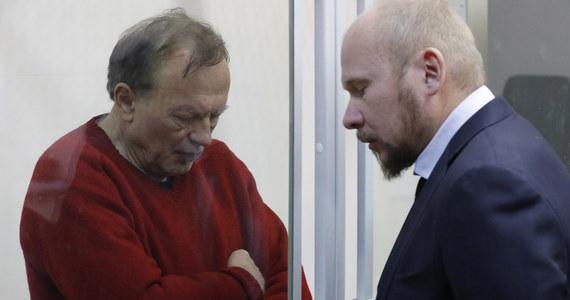 Naukowiec-morderca z Petersburga, oskarżony o zamordowanie swojej asystentki, może mieć na koncie inne zbrodnie. 63-letni Oleg Sokołow w weekend został zatrzymany z torbą, w której odnaleziono odcięte ręce kobiety. Zabójstwa 24-letniej Anastazji Jeszczenko - swojej studentki i kochani - miał dokonać w afekcie. Sokołow jest znanym historykiem, specjalistą od wojen napoleońskich.