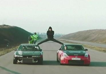 Ukraiński Van Damme. Kaskader powtórzył wyczyn aktora i zrobił szpagat między autami
