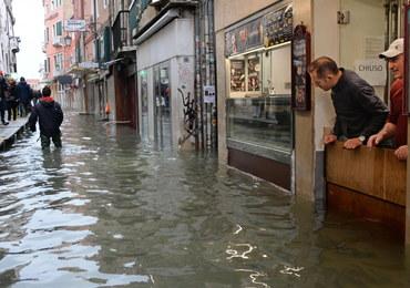 Piąty dzień z rzędu Wenecja walczy ze skutkami powodzi
