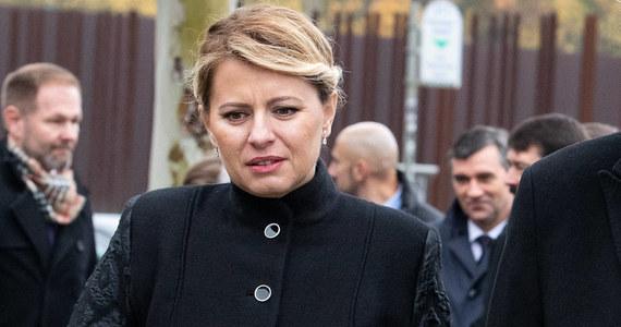 """Prezydent Słowacji Zuzana Czaputova, przemawiając w sobotę w Bratysławie z okazji 30. rocznicy aksamitnej rewolucji, podkreśliła, że """"demokracja nie jest gwarancją sukcesu, ale szansą na kontynuację zmian na lepsze"""". Przyznała, że Słowacy są sfrustrowani."""