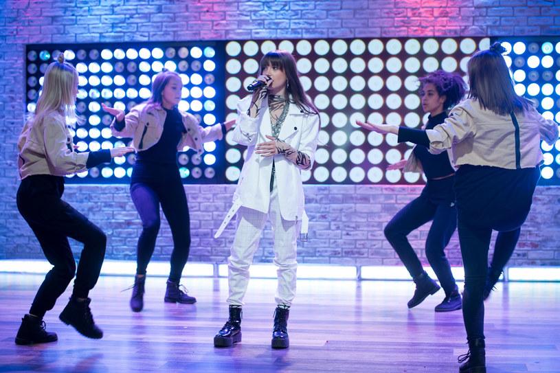 Reprezentantka Polski, Wiktoria Gabor, w środę (20 listopada) pierwszy raz pokazała się na scenie w Arenie Gliwice. Dowiedzieliśmy się, co zamierza przedstawić podczas konkursu Eurowizji Junior.
