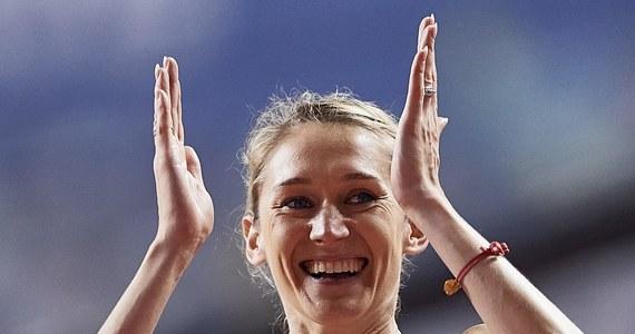 W tym roku po rocznej spowodowanej macierzyństwem Kamila Lićwinko wróciła do treningów. Wbieganie po schodach na wiadukt znajdujący się nad drogą ekspresową S8 to w tej chwili jeden z najważniejszych obecnie elementów treningowych skaczącej wzwyż sportsmenki, która już rozpoczęła przygotowania do sezonu olimpijskiego.
