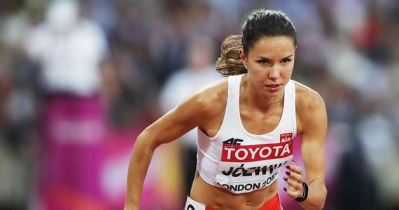 Biegaczka Joanna Jóźwik nie zgodziła się na to, by jej trenerem w sezonie olimpijskim został Zbigniew Król zaproponowany przez Polski Związek Lekkiej Atletyki. Po decyzji sportsmenki związek zdecydował się wykluczyć biegaczkę z centralnego szkolenia. Oznacza to, że sama będzie musiała finansować wyjazdy na zgrupowania.