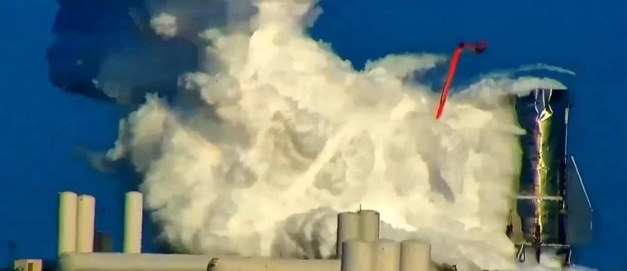 Prototyp statku kosmicznego SpaceX częściowo eksplodował podczas próby ciśnieniowej w centrum badawczym w Boca Chica w Teksasie. Nikomu nic się nie stało.