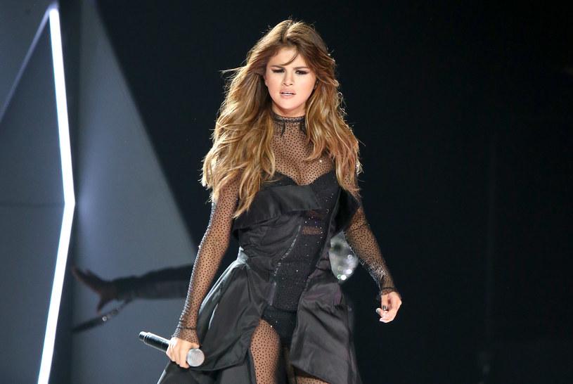 """Selena Gomez ogłosiła datę premiery albumu zatytułowanego roboczo """"SG2""""."""