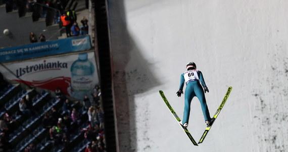 Konkursem drużynowym w Wiśle dziś oficjalnie rozpocznie się sezon 2019/20 w skokach narciarskich. Polacy wystąpią w składzie: Piotr Żyła, Jakub Wolny, Kamil Stoch i Dawid Kubacki.
