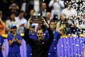 Federer i Zverev obsypani różami w Quito