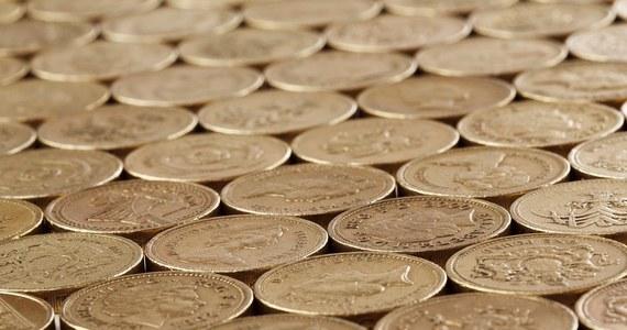 Brytyjska mennica wybiła monetę ważąca 5 kilogramów. To okolicznościowy i jedyny taki egzemplarz. Ale są też inne, nieco lżejsze.