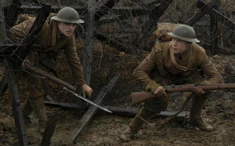 """O nowym filmie Sama Mendesa """"1917"""" mówi się, że to mocny kandydat do Oscara. Krytycy, którzy już widzieli obraz na jednym z pierwszych, weekendowych pokazów, nie kryją zachwytów."""