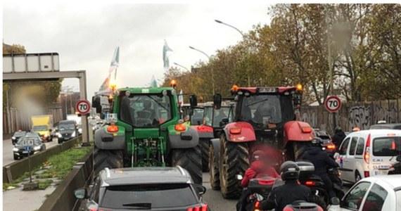 To nie jest łatwy dzień dla mieszkańców stolicy Francji. Paryż został zablokowany przez protestujących rolników. W sumie korki miały ponad 200 kilometrów.