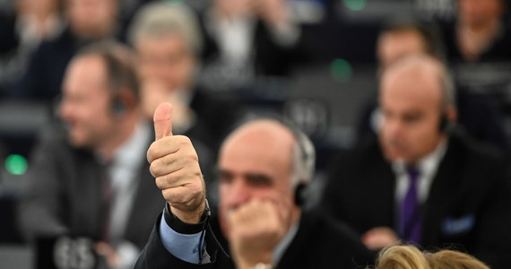 Parlament Europejski poparł unijny budżet na 2020 rok. Europosłom w toku negocjacji z Radą UE udało się zwiększyć fundusze na ochronę klimatu, badania, inwestycje w infrastrukturę oraz pomoc dla ludzi młodych.
