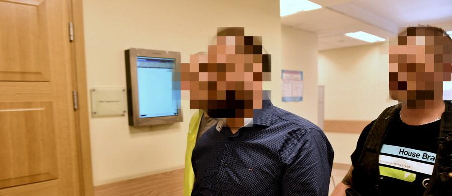 Dziennikarz Kamil D. został zatrzymany w śledztwie dotyczącym fałszerstwa weksla. Taką informację potwierdziła w rozmowie z PAP rzeczniczka Prokuratury Krajowej prok. Ewa Bialik.