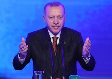 Erdogan grozi odrzuceniem NATO-wskiego planu obrony Polski i krajów bałtyckich. Ma rozmawiać z Dudą