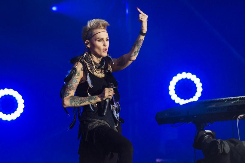 """Do sprzedaży trafiła koncertowa płyta (CD+DVD) """"25 lat Agnieszki Chylińskiej i Pol'and'Rock"""" zawierająca występ popularnej wokalistki i jurorki """"Mam talent"""" podczas tegorocznej imprezy dowodzonej przez Jurka Owsiaka."""