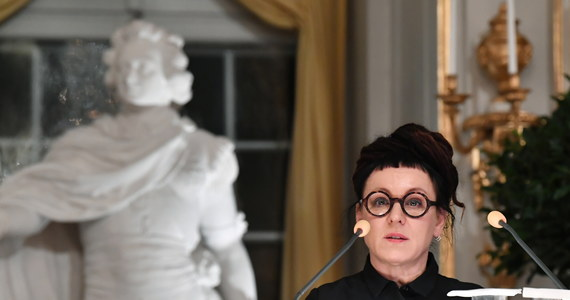 Minister obiecywał zwolnić Olgę Tokarczuk z podatku za Nobla. Rozporządzenia wciąż nie ma