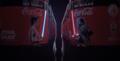 Butelki Coca-Coli z działającym mieczem świetlnym