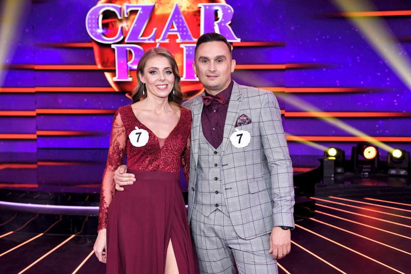 """Znamy już zwycięzców programu, który po wielu latach wrócił do Telewizji Polskiej! Która para wygrała """"Czar par""""?"""