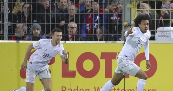 Joshua Zirkzee w doliczonym czasie gry zdobył bramkę dla Bayernu Monachium, wyprowadzając swoją drużynę na prowadzenie. Był to debiut 18-latka w Bayernie.