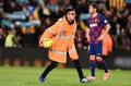 Primera Division. FC Barcelona została ukarana za piłki rzucane z trybun na murawę podczas El Clasico