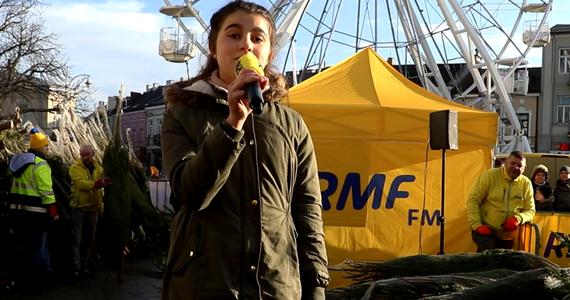 W sobotę rozdawaliśmy choinki w Kielcach. Zaprosiliśmy też mieszkańców tego miasta do udziału w naszym świątecznym karaoke.