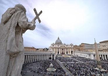 Watykan: 69-latek przebrany za papieża zaatakował policjantów