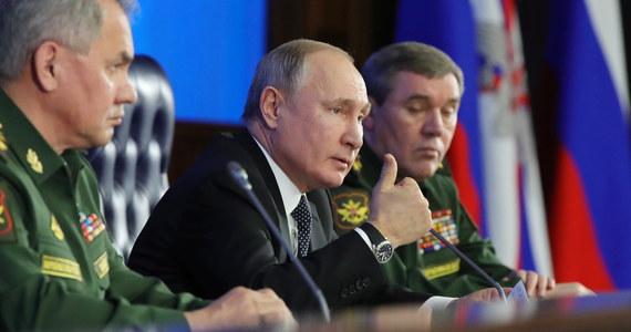 """Prezydent Rosji Władimir Putin nazwał """"draniem i antysemicką świnią"""" polskiego ambasadora w Niemczech z lat 30. Józefa Lipskiego. Zdaniem Putina dyplomata """"w pełni sympatyzował z Hitlerem""""."""