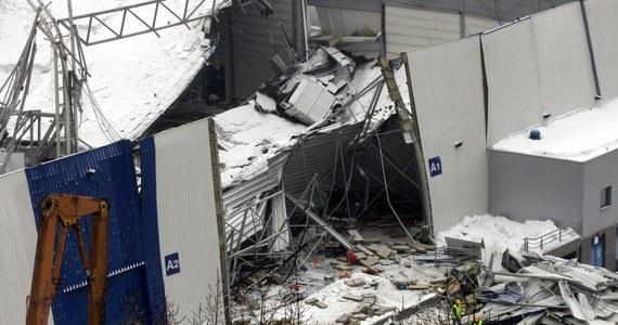 Ponad 15 milionów złotych odszkodowania i zadośćuczynienia dostały rodziny ofiar katastrofy hali Międzynarodowych Targów Katowickich w Chorzowie. Pieniądze zostały wypłacone po blisko 14 latach od tragedii.