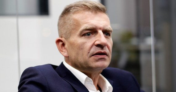 Bartosz Arłukowicz - b. minister zdrowia, obecnie europoseł - ogłosił w piątek, że postanowił wystartować w wyborach przewodniczącego PO. Platforma musi być partią społeczną, musi być organizmem tętniącym życiem, musimy pracować z ludźmi codziennie na ulicach - podkreśla Arłukowicz.