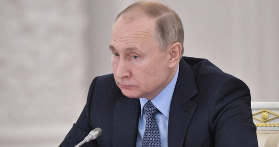 """""""Najlepszą odpowiedzią na kłamstwa Władimira Putina dotyczące Polski jest spokój"""" - tak zgodnie politycy wszystkich głównych partii zalecają reagować na to, co mówi rosyjski prezydent."""