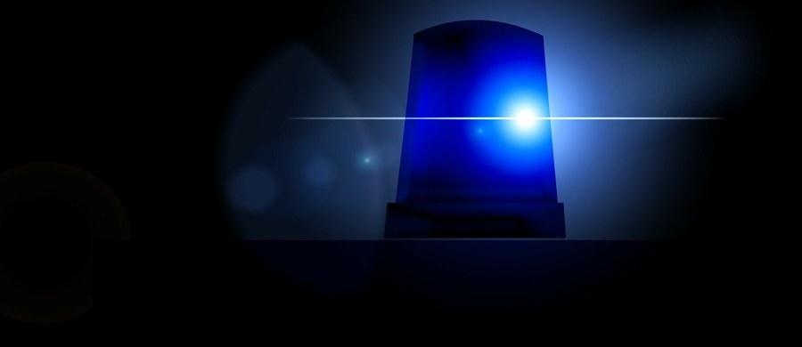 Dwie osoby zginęły w strzelaninie, do której doszło w kościele w miasteczku White Settlement w Teksasie. Na razie nie ma jednoznacznych informacji dot. napastnika - nie jest jasne, czy został ranny czy zastrzelony.