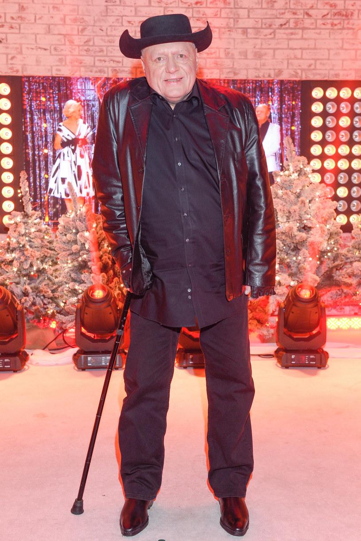 """""""Obawiam się, że nic z tego nie będzie"""" - mówi 67-letni Janusz Sztyber, finalista """"The Voice Senior"""", który zdaniem wielu był głównym kandydatem do wygrania w nowym show TVP2."""