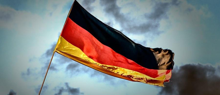 """""""Stanowisko rządu federalnego jest jasne: Pakt Ribbentrop-Mołotow służył przygotowaniu zbrodniczej wojny napastniczej hitlerowskich Niemiec przeciw Polsce"""" - napisał Rolf Nikel - ambasador Niemiec w Polsce. W ten sposób włączył się w dyskusję dot. ostatnich wypowiedzi prezydenta Rosji Władimira Putina."""