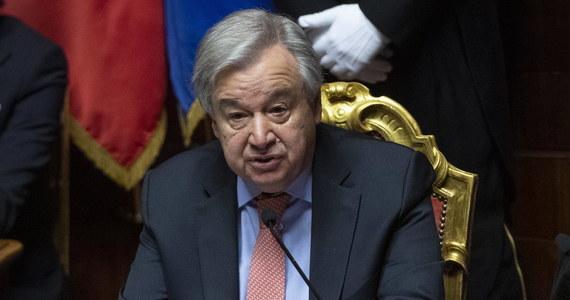 Sekretarz generalny ONZ Antonio Guterres jest głęboko zaniepokojony odstąpieniem Korei Północnej od moratorium na przeprowadzanie prób jądrowych i testów międzykontynentalnych rakiet balistycznych – oświadczył w Nowym Jorku jego rzecznik.