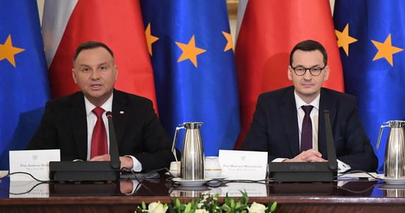 Prezydent RP Andrzej Duda zwołał posiedzenie Rady Gabinetowej. Podczas spotkania poruszony został temat sytuacji na Bliskim Wschodzie, obchodów 75. rocznicy wyzwolenia obozu koncentracyjnego Auschwitz - Birkenau oraz zadania polityki historycznej w kontekście relacji polsko-rosyjskich.