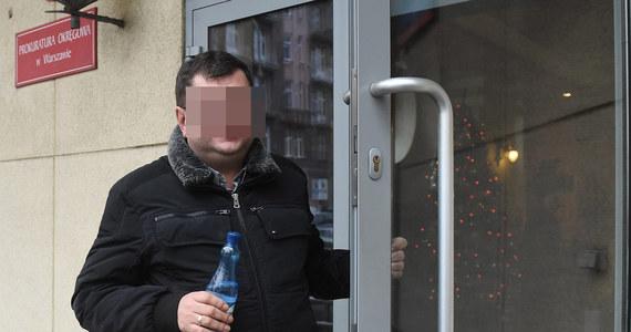 Sąd Rejonowy w Kielcach nie zgodził się na tymczasowe aresztowanie Zbigniewa S., podejrzanego o kierowanie gróźb po adresem ministra sprawiedliwości i jego żony Patrycji Koteckiej. Zbigniew S. ma dozór policji, zakaz opuszczania miejsca stałego pobytu i zakaz zbliżania się do pokrzywdzonych. Prokuratura zapowiedziała odwołanie.