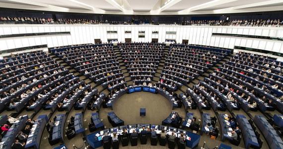 W przyszłym tygodniu w Parlamencie Europejskim w Strasburgu odbędzie się debata i głosowanie nad rezolucją na temat praworządności w Polsce i na Węgrzech w kontekście prowadzonych wobec tych krajów procedur z artykułu 7 - poinformowały PAP służby prasowe PE.