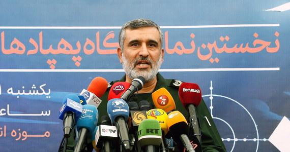"""Amir Ali Hadżizadeh Dowódca sił powietrznych Gwardii Rewolucyjnej Iranu ogłosił w sobotę, że jego jednostka bierze na siebie """"całkowitą odpowiedzialność"""" za przypadkowe zestrzelenie ukraińskiego samolotu pasażerskiego. Wcześniej irańska armia wydała oświadczenie, w którym przyznają się do """"nieintencjonalnego"""" zestrzelenia maszyny."""