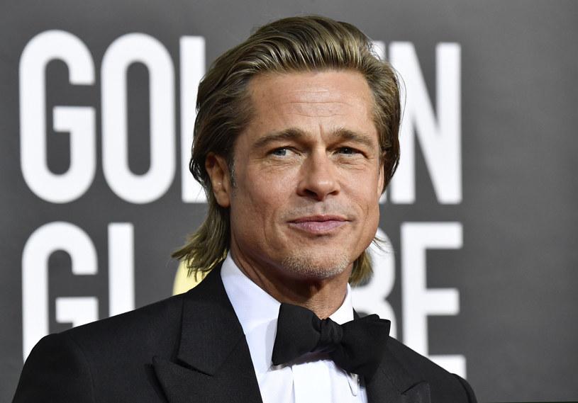 Nagrody Emmy co roku budzą wiele emocji w świecie szołbiznesu. Wiele osób marzy o tym prestiżowym wyróżnieniu. Okazuje się, że Brad Pitt ma szansę zwyciężyć w tym roku i to w wyjątkowym stylu. Aktor otrzymał nominację za... dwuminutowy występ.