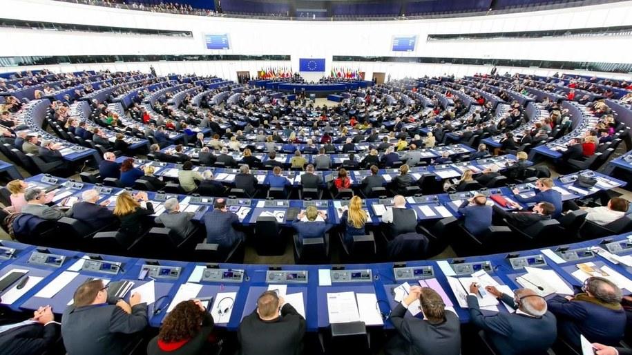 /Parlament Europejski /