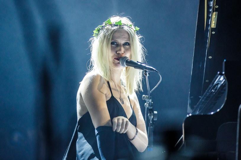 """Amalie """"Myrkur"""" Bruun szykuje się do wydana trzeciego albumu swojego projektu."""